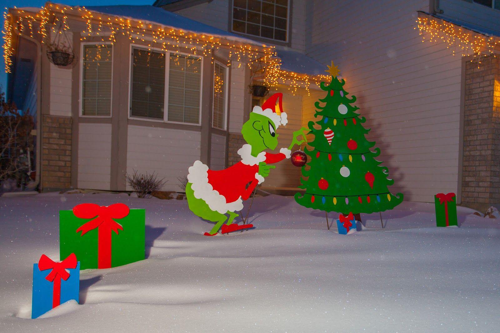 Diy Christmas Yard Decorations Diy Projects Christmas Yard Decorations Grinch Christmas Decorations Christmas Yard Christmas Yard Decorations