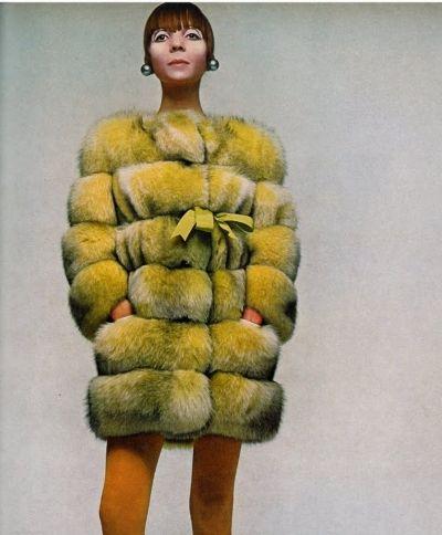 Penelope Tree, 1960s.Vintage fur . 1960s fashion