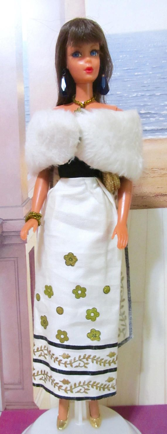 Vintage Living Barbie Doll With Malibu Body Mattel Early 1970s