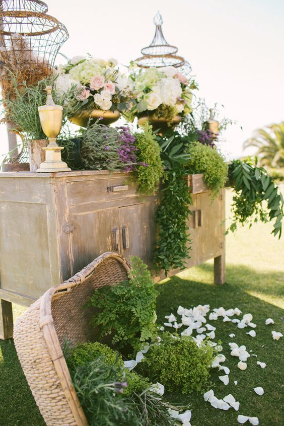 30 New Ideas for Your Rustic Outdoor Wedding Rustic gardens