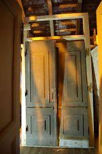 Zweiflugelige Alte Haustur Mit Rahmen Und Oberlicht Zimmertur Tur Alte Hausturen Historische Turen Oberlicht
