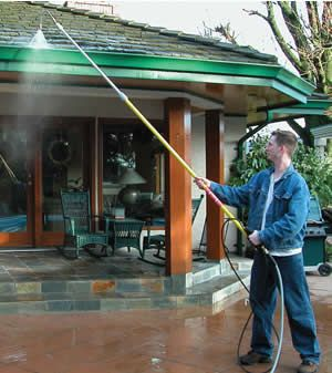 In Houston And Surrounding Suburb Homeowners Can Expect Exceptional Service From Ned Stevens Gutter Cleaning And Their Over In 2020 How To Install Gutters House Wash House Gutters