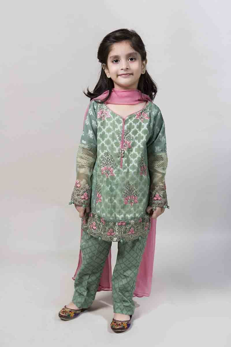 eeba6b77899de Green embellished kurti with trousers and pink dupatta latest kids eid  dresses for little girls in Pakistan 2017