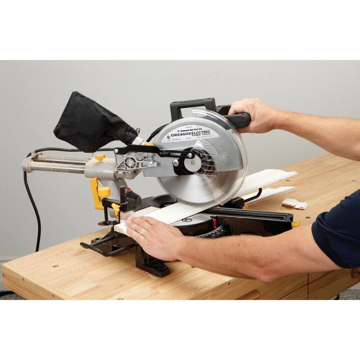 10 In Compound Miter Saw With Laser Guide System In 2020 Sliding Compound Miter Saw Compound Mitre Saw Miter Saw
