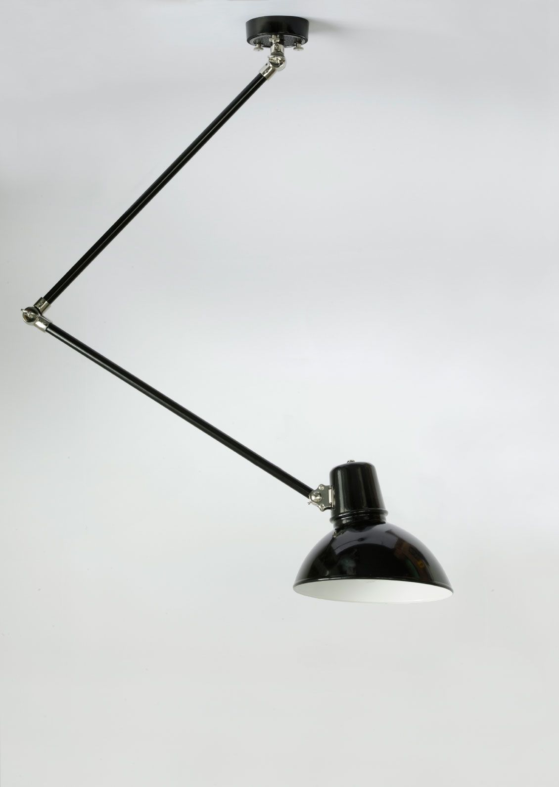 Gelenk Deckenleuchte Frankfurt Mit 2 X 50 Cm Armen Von Bolich In 2020 Bolich Leuchten Lampentisch Lampe
