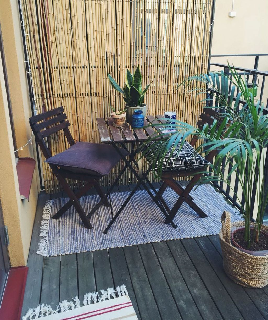 50 Inspiring Apartment Patio Décor Ideas | Apartment ... on Uncovered Patio Ideas id=66287