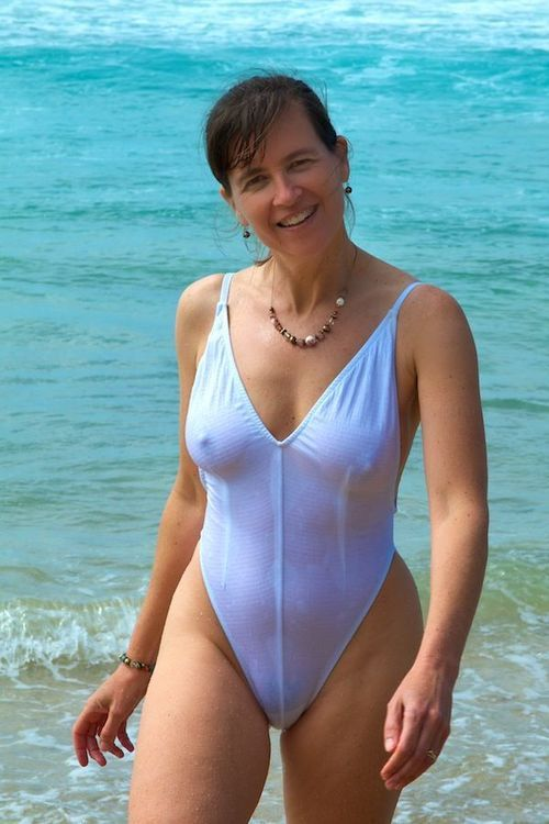 Mature swimsuit pics