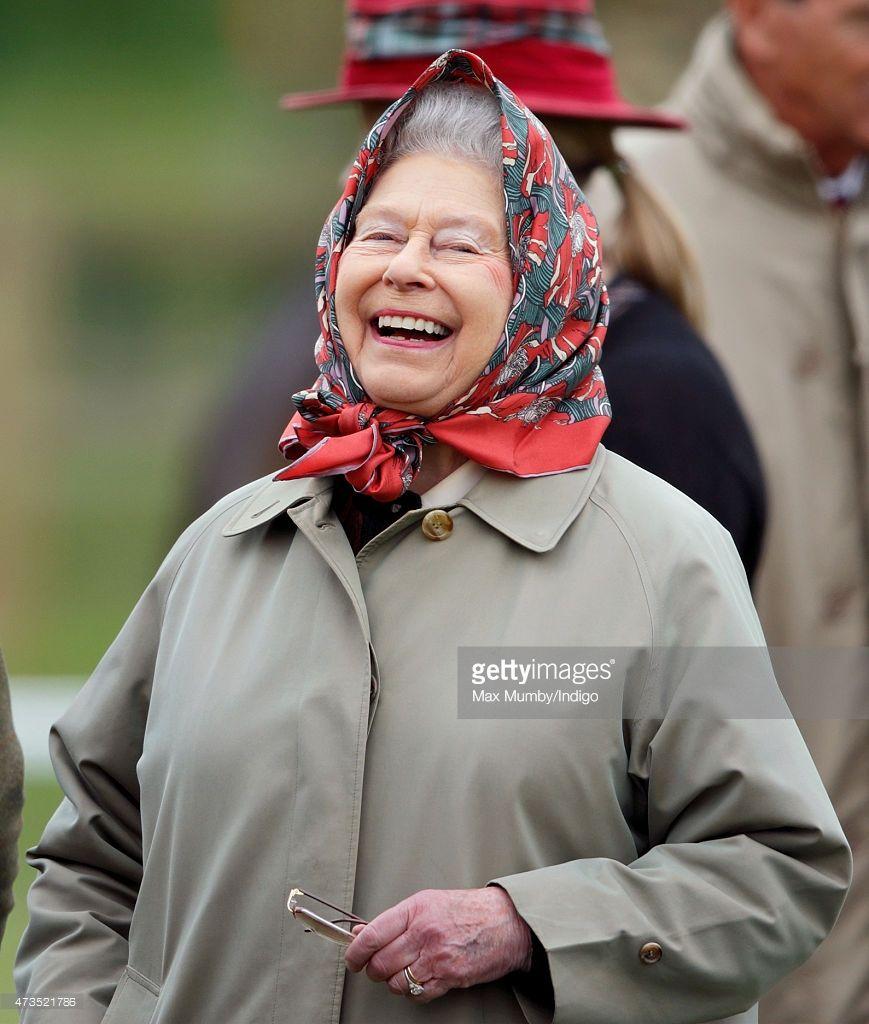 Photos And Premium High Res Pictures Her Majesty The Queen Queen Elizabeth Elizabeth Ii [ 1024 x 869 Pixel ]
