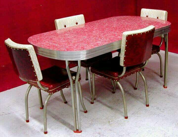 Pin By Karen Galbreath Harvey On Oldie But Goodies Retro Kitchen Tables Vintage Dining Room Retro Dining Rooms