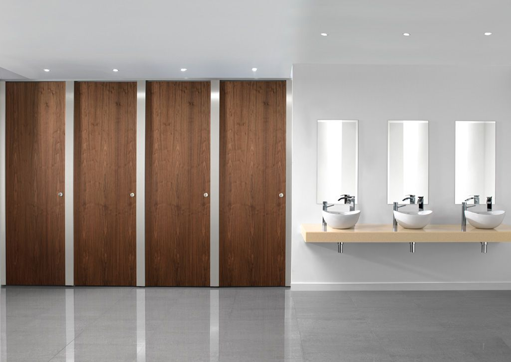 Paraline platinum is a high quality toilet cubicle for European bathroom stalls