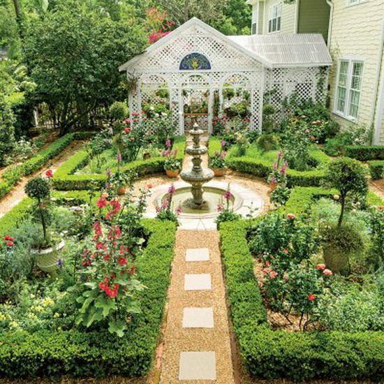 English courtyard garden | Garden fountains, Garden design ...