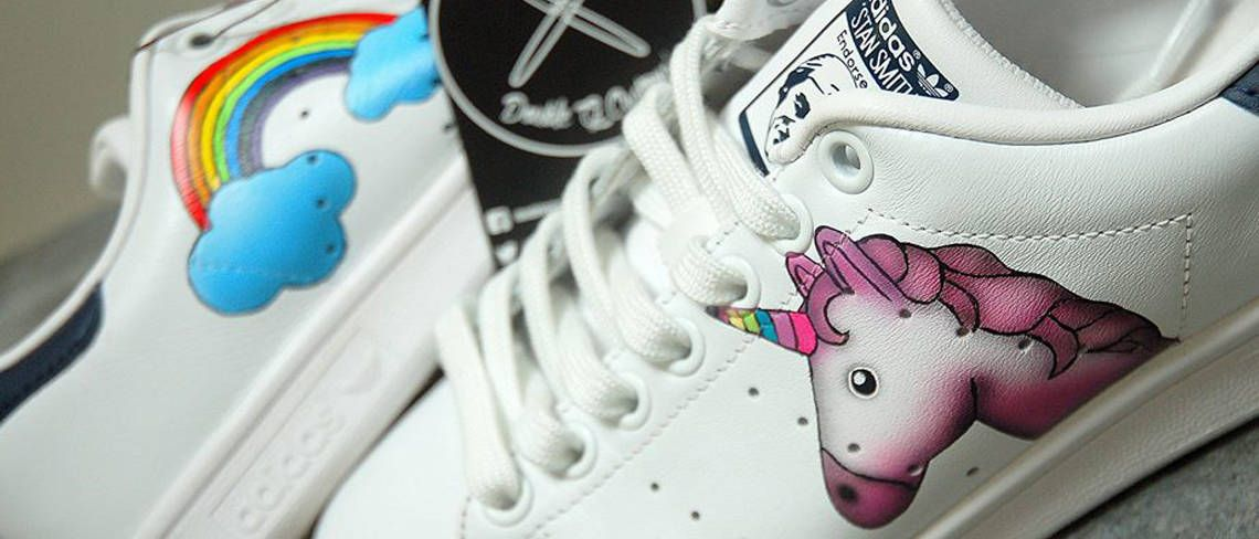 4ef0e491bdc332 Chaussures customisées custom sneakers adidas stan smith licrone unicorn double  g customs
