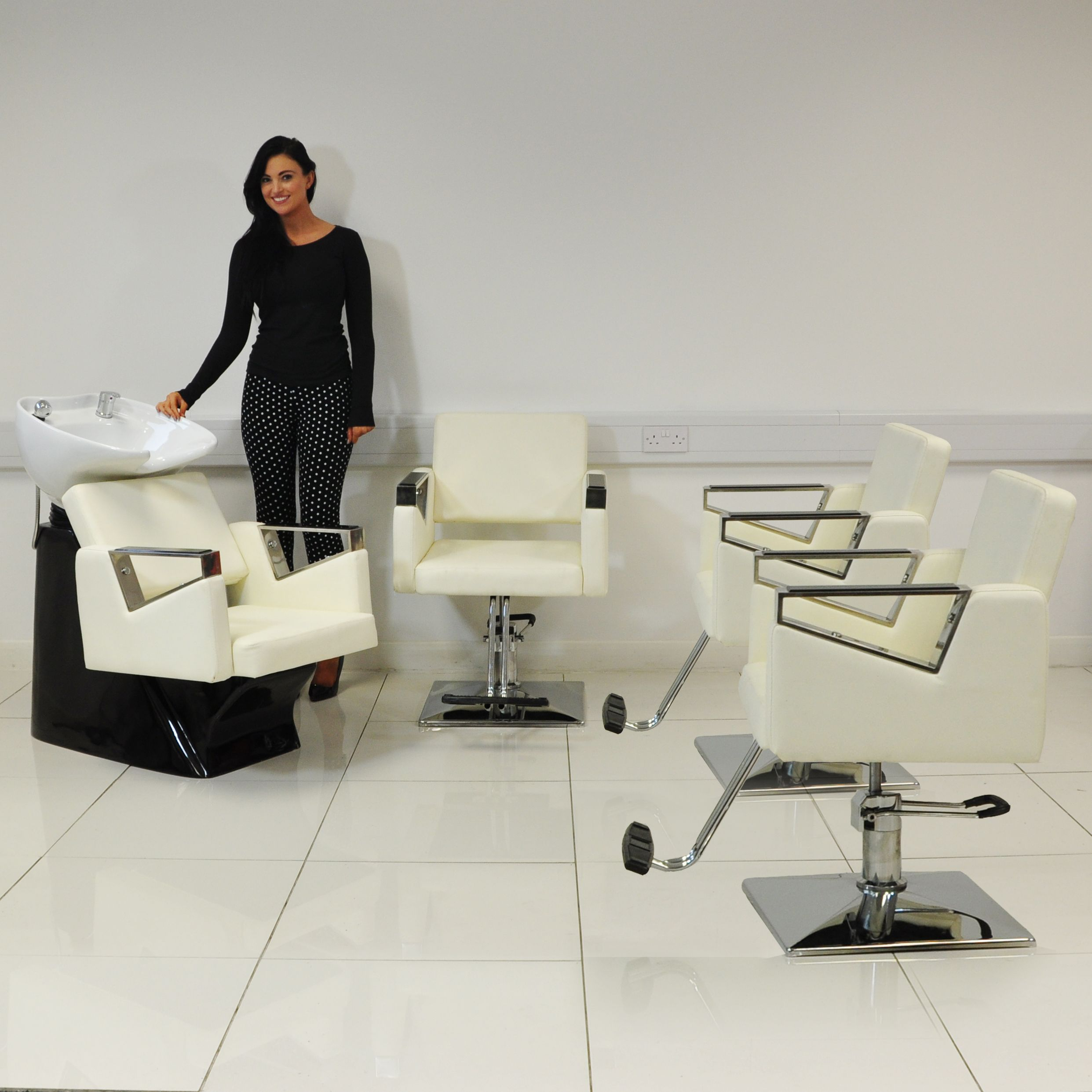 Excellent Stunning Salon Furniture Set Including 3 Chairs In White And Interior Design Ideas Inesswwsoteloinfo