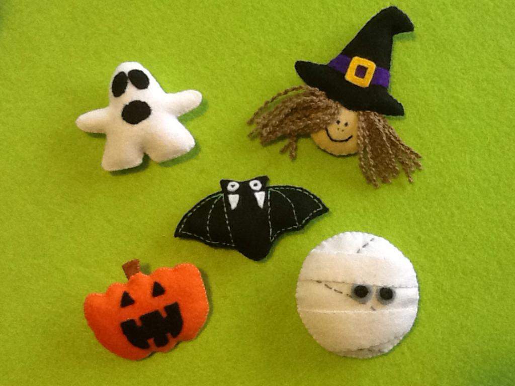 Broches de fieltro para halloween halloween pinterest - Broches para manualidades ...