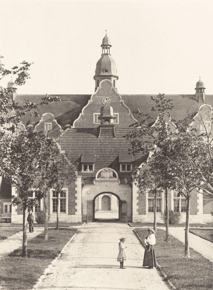 Ludwig Hoffmann (1852-1932) Irrenhaus, Berlin-Buch. (Aus: Neubauten ...