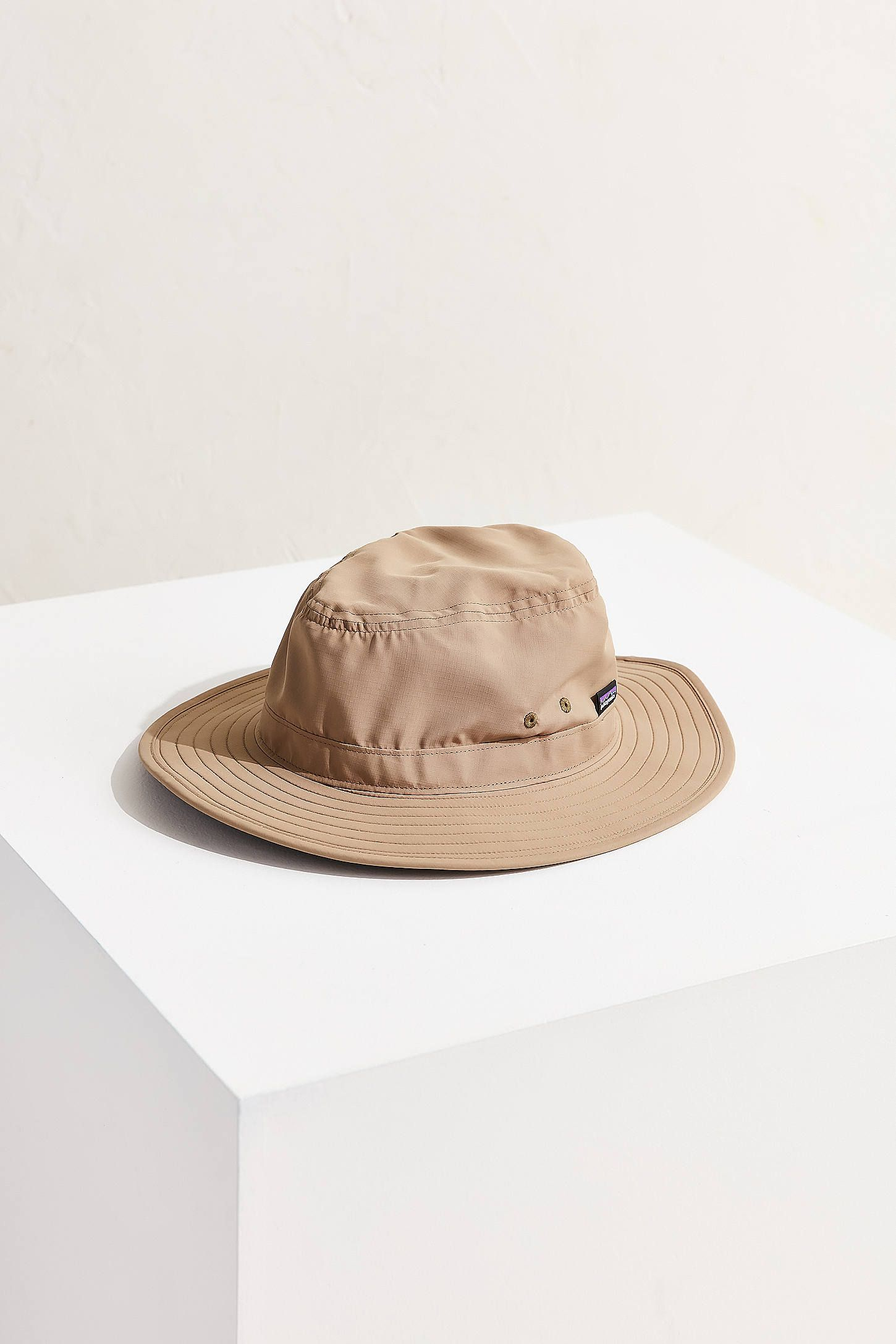 92096cbb6f0d5 Slide View  2  Patagonia Tech Sun Booney Hat