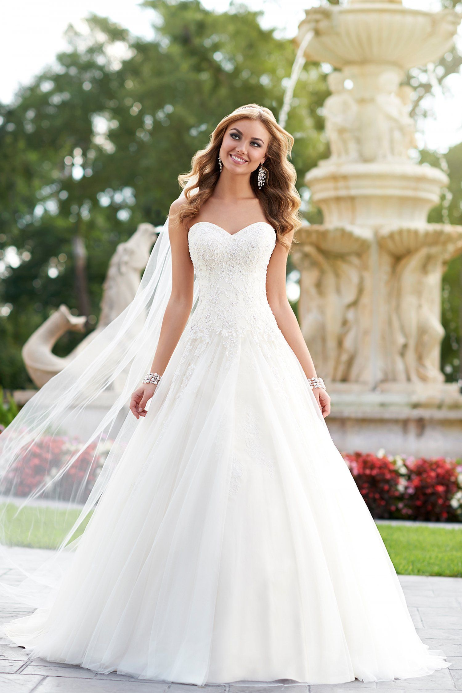 Stella York 6026 - Woodbury, Minnesota | Raffine Bridal | Big Sister ...