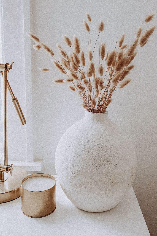 Photo of Design Living room decoration Minimalism Vase Twig ,  #Decoration #Design #homeaccessoriesdec…
