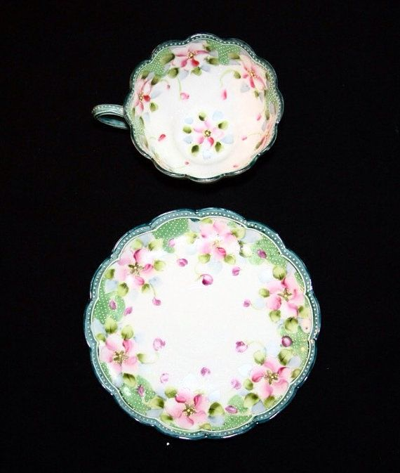 30% Off SALE Antique Scalloped Rim Floral Hand Painted Fine Porcelain Teacup & Matching Saucer Featuring Rose Flower Designs Tea cups are also objects that I am obsessed with. I want to use them to style my photos for th projects I create.