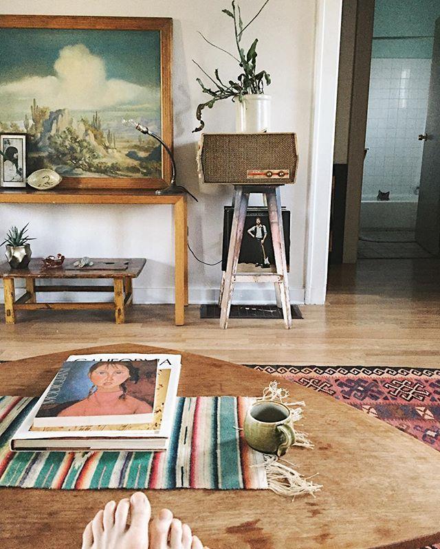 i like the little rug on the table Cass St Pinterest Deserts