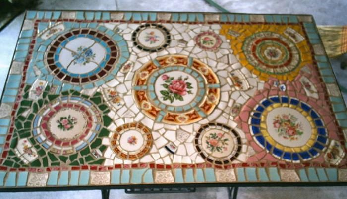 Reusing And Recycling Broken China, How To Make A Mosaic Table Top With Broken China