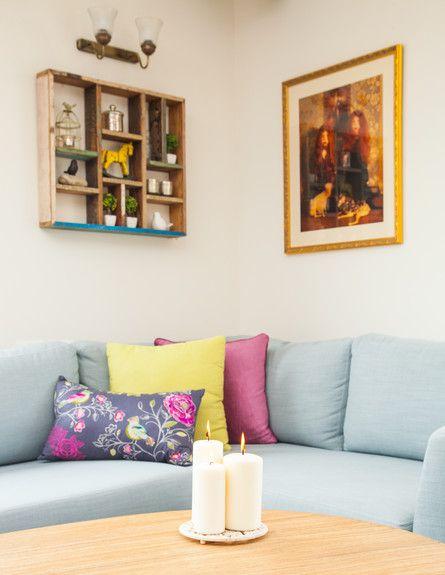 הום סטיילינג לדירה שכורה עם כריות של קאס (קטיה בירד ופלייט), עיצוב עידית זכריה, צילום אודי גורן