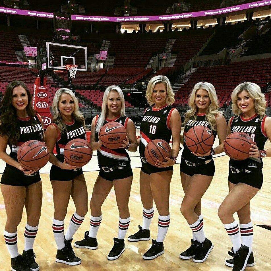 Portland Trail Blazers Dancers and a touch of D Lishus