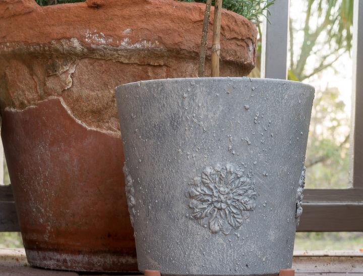 How To Paint Diy Faux Concrete Planter Diy Flexible Medallions Diy Concrete Planters Diy Planters Concrete Planters