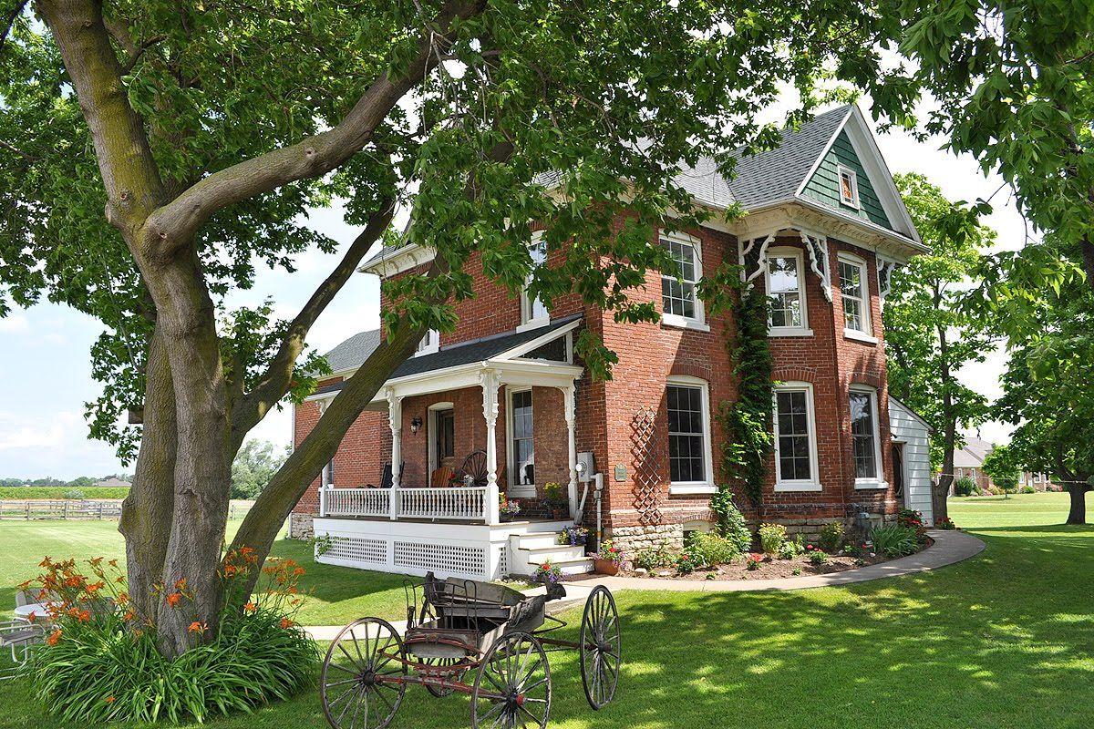Reset Brick farmhouse, Red brick house, Farmhouse exterior