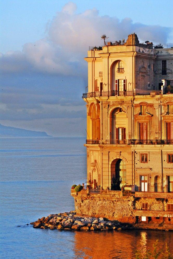 Palazzo Donn'Anna, a Napoli (con immagini) Napoli italia