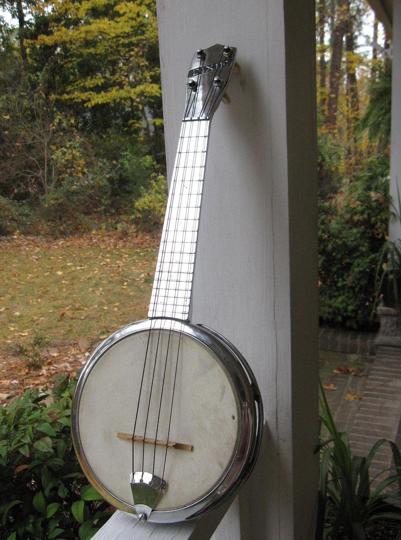 Vintage Dixie Banjo Ukulele Banjolele All Metal