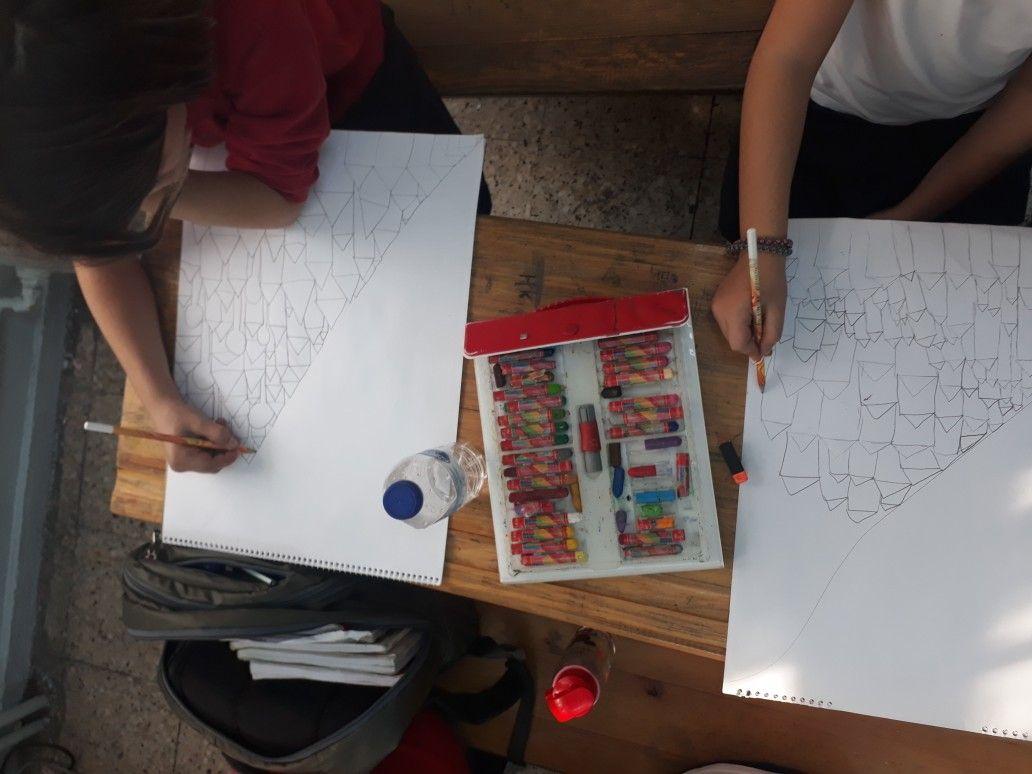 Makbule Sarı adlı kullanıcının Görsel sanatlar dersi çalışmaları  panosundaki Pin | Görsel sanatlar, Sanat, Çalışma