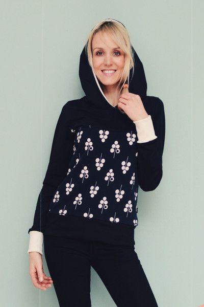 Sweatshirts - Hoodie Pippa schwarz weiß Sweater Retro Damen - ein Designerstück von Bonnie-and-Buttermilk bei DaWanda