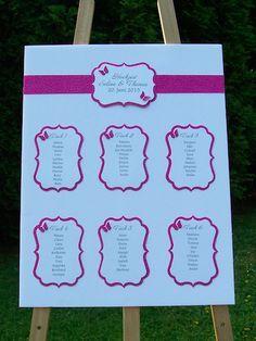 Tischplan Hochzeit Schmetterlinge grün pink lila Tischordung
