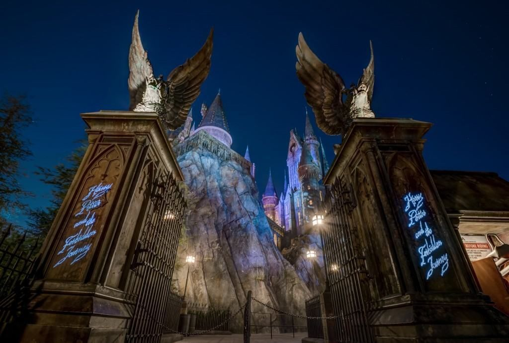 Harry Potter The Forbidden Journey Such An Amazing Ride Photo Cour Universal Islands Of Adventure Islands Of Adventure Universal Harry Potter Orlando