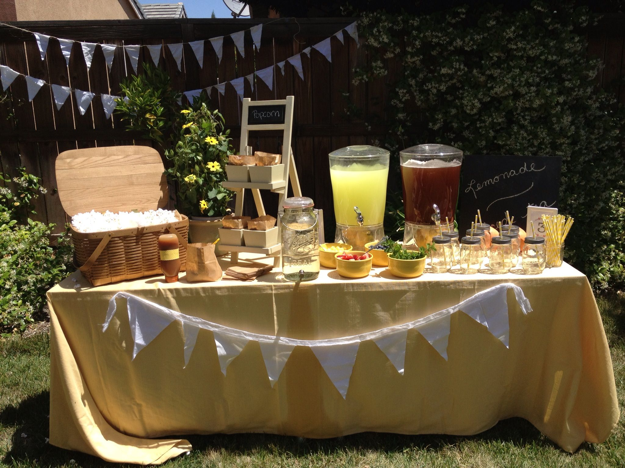 Rustic lemonade and popcorn stand yellow party daisy for Rustic lemonade stand
