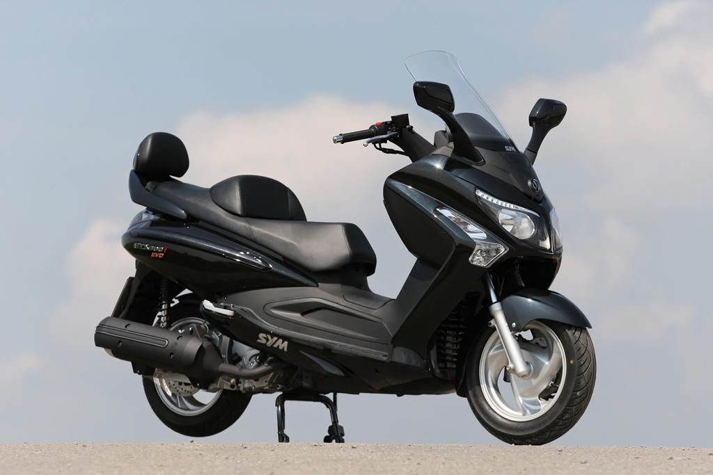 sym gts 300i google search maxi scooters pinterest. Black Bedroom Furniture Sets. Home Design Ideas