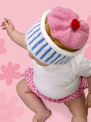 Cupcake hat, found on : http://www.womansday.com/home/craft-ideas/knitting-project-cupcake-hat-79632