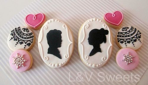 pretty cameo cookies
