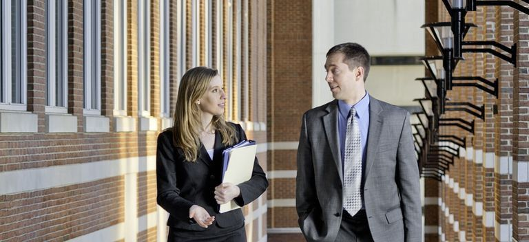 How Construction Lawyers Perform Their Duties? Lawyer