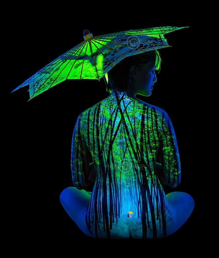 Bodyscapes Body Painting Gets Up Close And Personal In A New Art - Amazing black light body art photography john poppleton