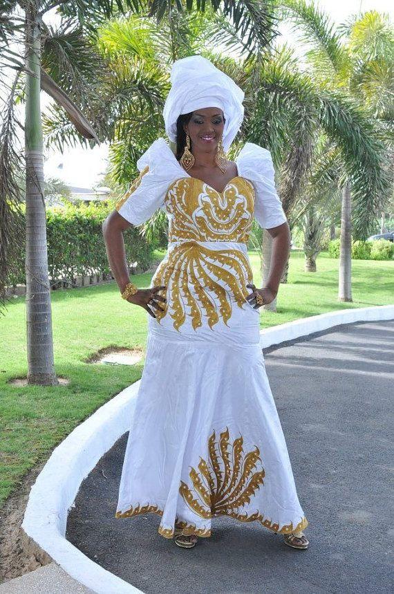 robe maxi de la longueur de bazin africain par newafricandesigns robes pour femme en bazin. Black Bedroom Furniture Sets. Home Design Ideas