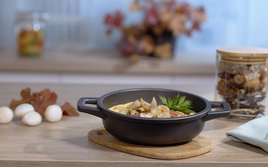 Découvrez la recette Omelette soufflée aux champignons maison
