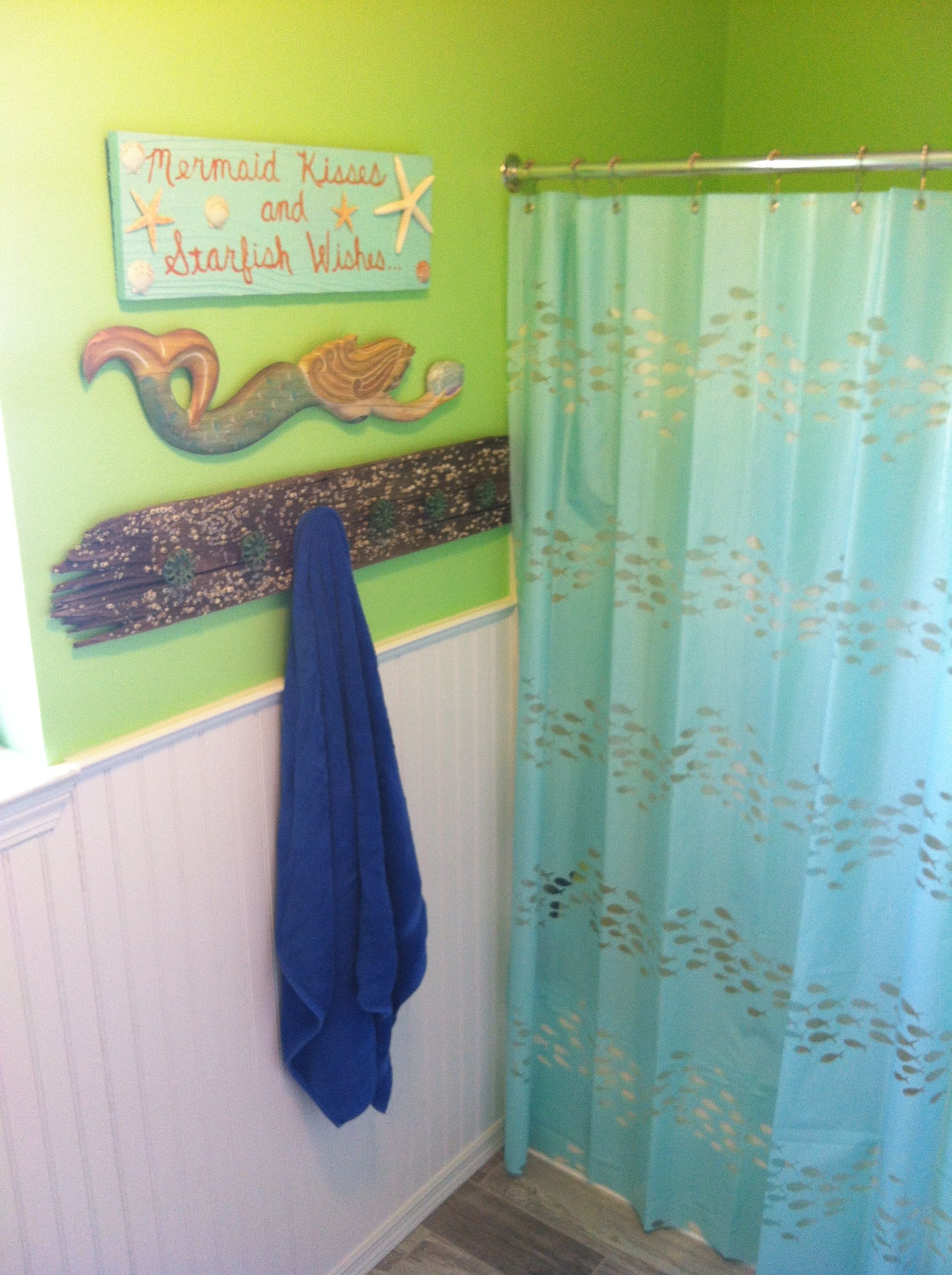 Beach Bathroom Mermaids And Starfish Mermaid Bathroom Decor Bathroom Design Decor Girl Bathrooms