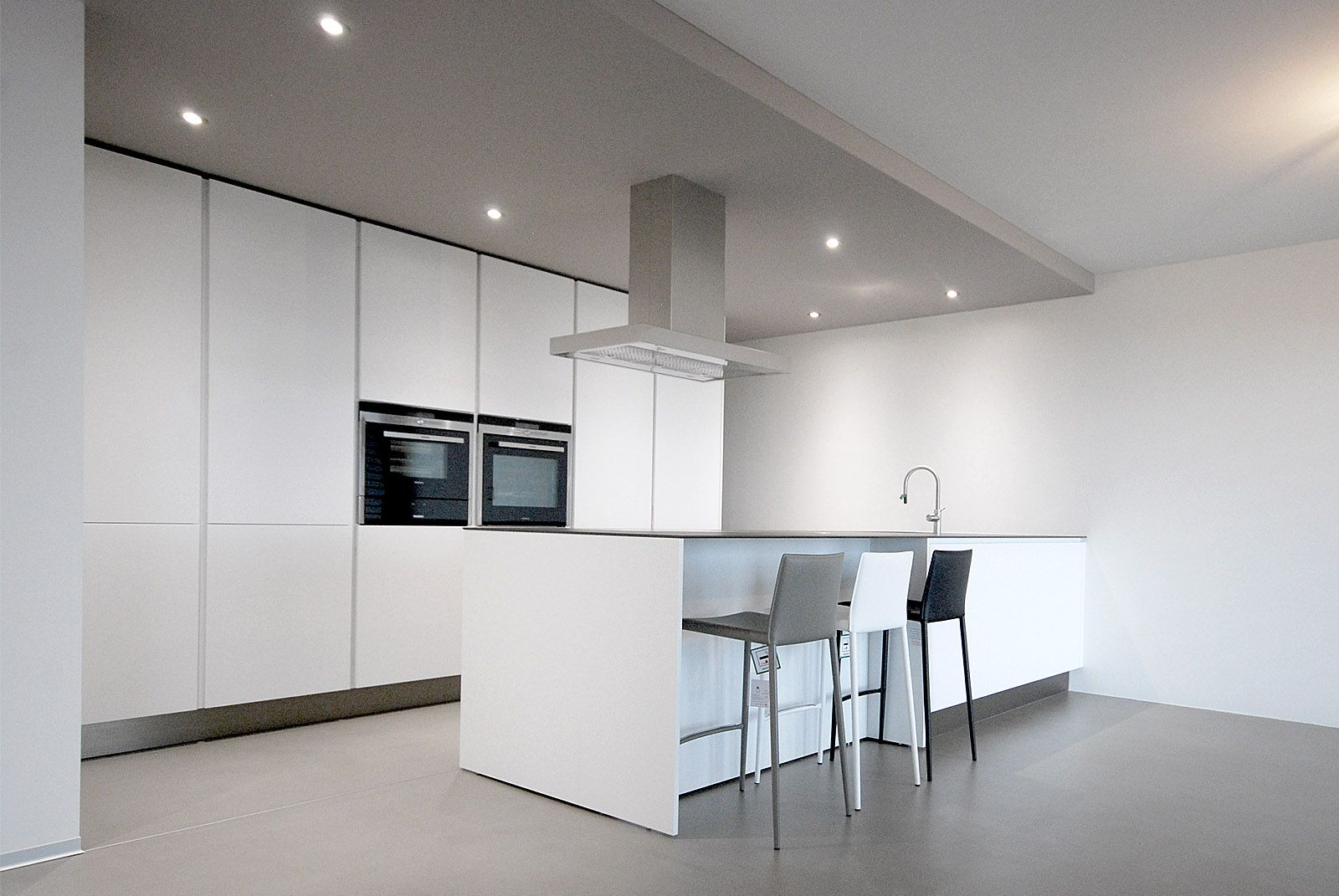 Progetto Cucina Varenna Poliform. Cucina moderna di design laccata ...