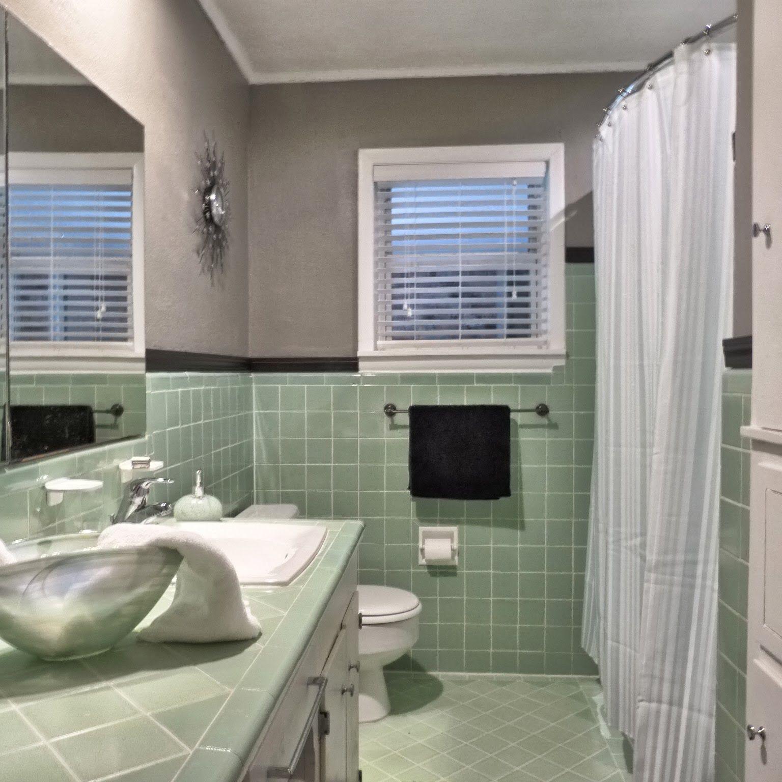 Remodeling Our House Green Tile Bathroom Green Bathroom Vintage Bathroom Tile