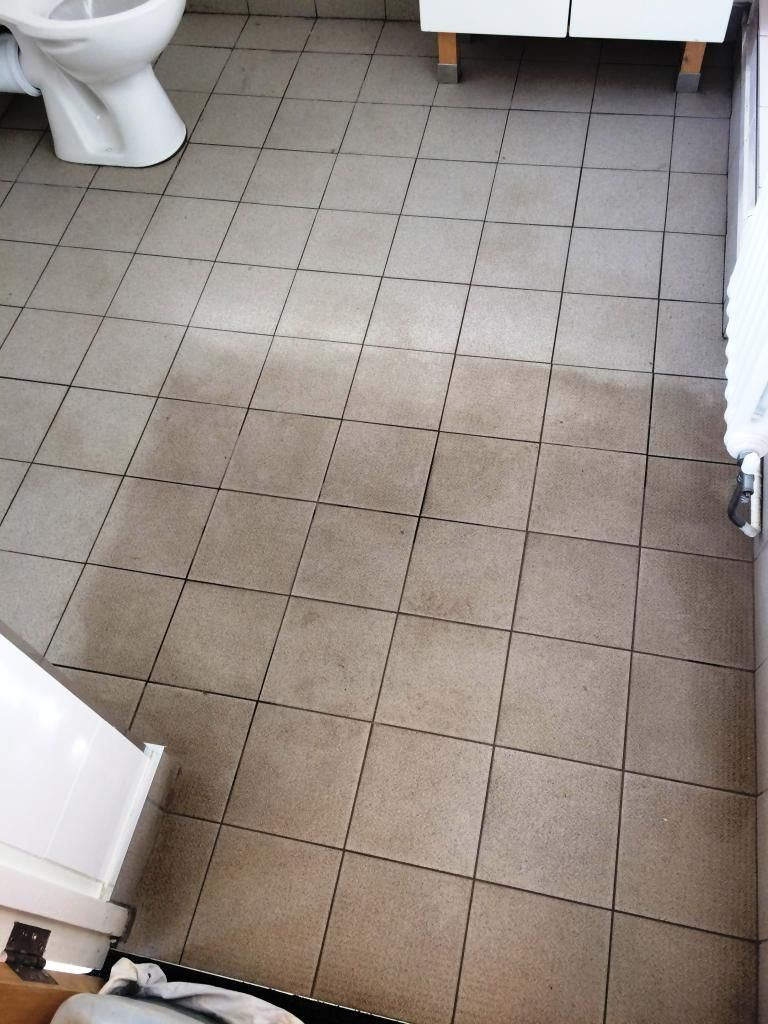 Marvelous Non Slip Ceramic Bathroom Floor Tiles