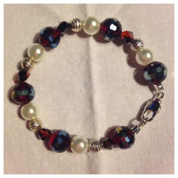 Cranberry & Pearl Bracelet by uniquelydolledup on Etsy https://www.etsy.com/listing/492452641/cranberry-pearl-bracelet