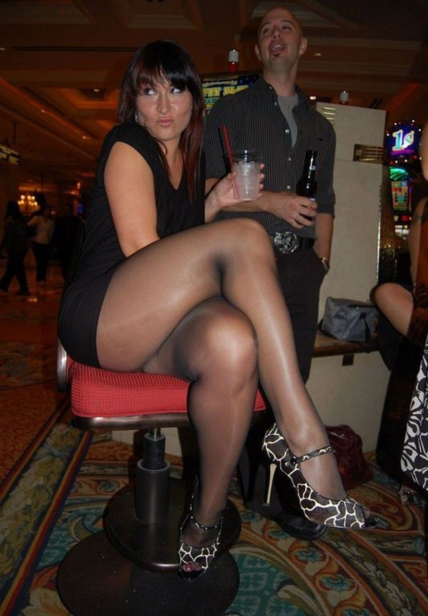 pantyhose milf | legs, stockings and thighs