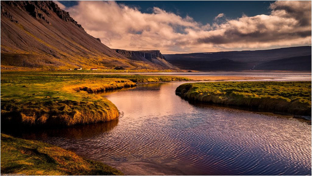 B U00e6jarva U00f0all By Niggyl Well Behind Water Farm